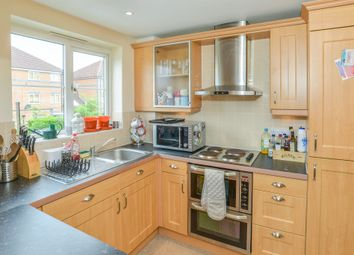 Thumbnail 2 bedroom flat for sale in Sir John Newsom Way, Welwyn Garden City