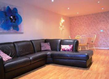 Thumbnail 2 bed flat to rent in Gloucester Square, Southampton