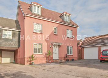 Thumbnail 5 bed link-detached house for sale in Dickenson Road, Colchester