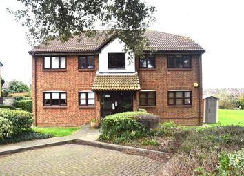 Thumbnail 2 bed flat for sale in Griffin Walk, Greenhithe