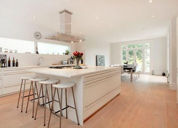 Thumbnail 4 bed property to rent in Queens Road, Tunbridge Wells