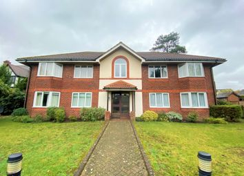 Thumbnail 2 bed flat to rent in Orchard Lane, Amersham