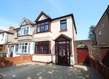 Thumbnail 3 bed property to rent in Grenfell Avenue, Hornchurch