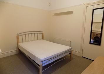 Thumbnail 1 bed property to rent in Waverley Road, Southsea