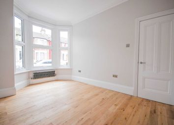 Thumbnail 2 bedroom flat for sale in Leasowes Road, London