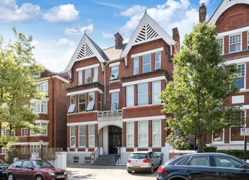 Cleve Road, London NW6. 2 bed flat for sale