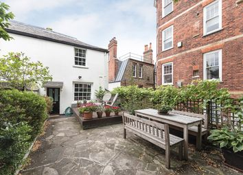 Thumbnail 3 bed cottage to rent in Hampstead Grove, London