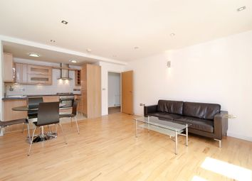Thumbnail 2 bed flat to rent in Chicksand Street, Spitalfields, London
