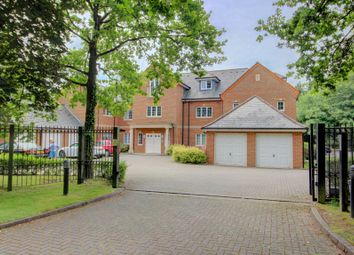 Thumbnail 2 bed flat for sale in Charters Road, Sunningdale, Ascot