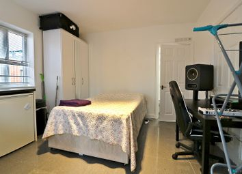 Thumbnail End terrace house to rent in Olive Road, South Ealing, London.