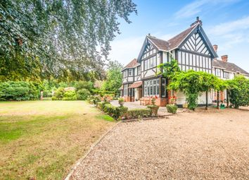 Thumbnail 6 bed detached house to rent in Darlings Lane, Maidenhead