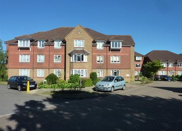 Thumbnail 2 bedroom flat to rent in Summers Road, Farncombe