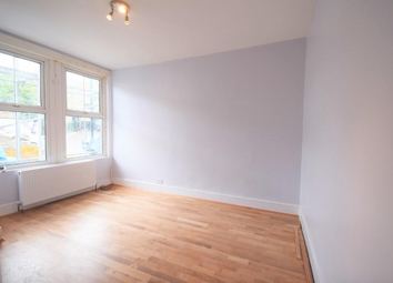 Thumbnail 2 bed flat to rent in Edgington Road, Streatham Common