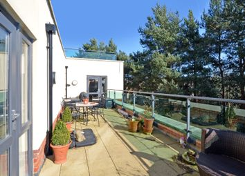 Thumbnail 2 bed flat to rent in Park Lane, Camberley
