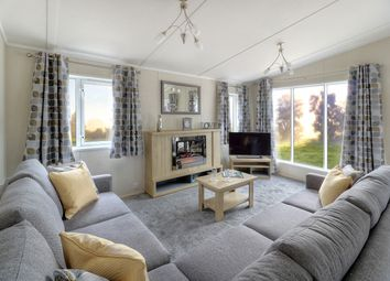 Thumbnail 2 bedroom mobile/park home for sale in Bell Farm Lane, Minster On Sea