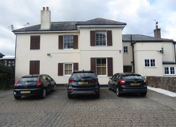 Thumbnail 2 bed flat to rent in Leigh Road, Havant