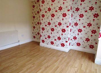 Thumbnail 2 bed property to rent in Kingsley Avenue, Huddersfield