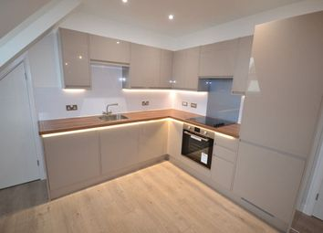 Thumbnail 2 bed flat to rent in Moulsham Street, Chelmsford