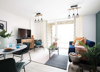 Thumbnail 3 bedroom town house for sale in Sydenham Road, London