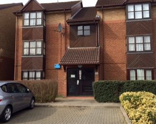 Thumbnail Studio to rent in Conifer Way, North Wembley