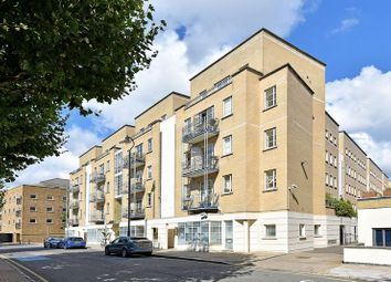Thumbnail 2 bed flat for sale in The Watergardens, Limehouse