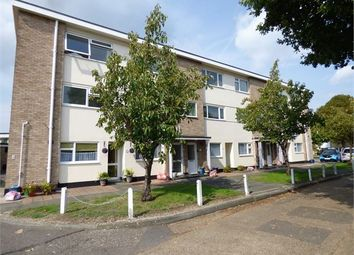 Thumbnail 2 bedroom flat for sale in London Road, Leigh On Sea, Leigh On Sea