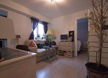 Thumbnail 1 bed flat to rent in Taunton Drive, East Finchley