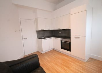Thumbnail 1 bed flat to rent in Courthill Road, Lewisham