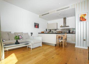 30 Gatliff Road, Chelsea SW1W. 2 bed flat