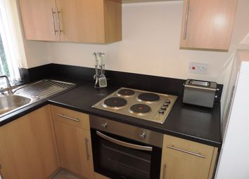 Thumbnail 4 bed flat to rent in Queensferry Walk, London