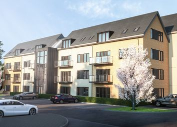 Thumbnail 2 bed flat for sale in Imperial Way, Reading