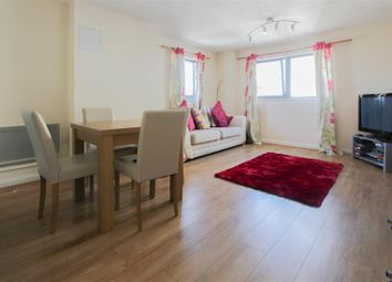 Thumbnail 2 bedroom flat for sale in Churchill Way, Cardiff