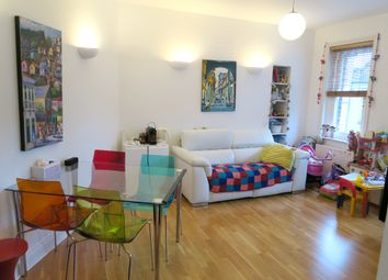 Thumbnail 2 bed flat to rent in Northdown Street, King's Cross