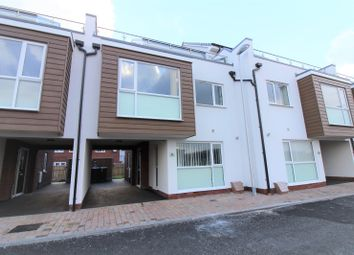 Thumbnail 3 bedroom town house to rent in Taylor Terrace, Blackpool