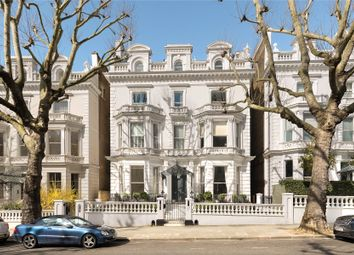 4 bed maisonette for sale in Holland Park, London W11