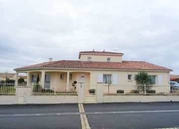 Thumbnail 3 bed town house for sale in Jarnac, Charente, France
