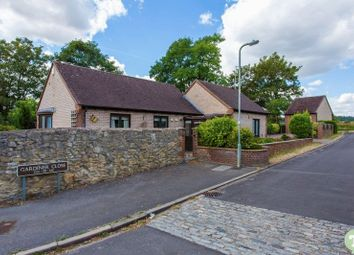 Thumbnail 2 bed bungalow for sale in Gardiner Close, Wheatley, Oxford