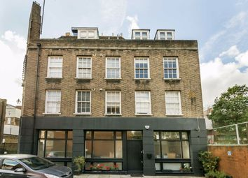Kirk Street, London WC1N. 3 bed flat