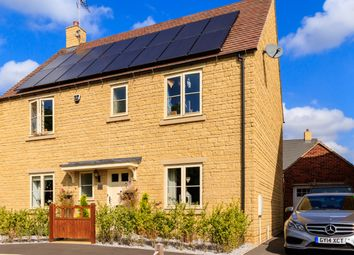 Thumbnail 4 bed detached house for sale in Stirling Way, Moreton-In-Marsh