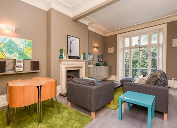 Thumbnail 1 bedroom flat to rent in Royal Crescent W11,