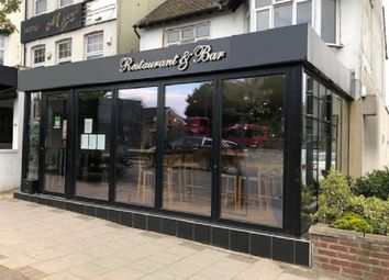 Thumbnail Restaurant/cafe to let in Station Road, Chingford, London