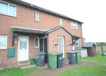 Thumbnail 1 bedroom flat to rent in Caistor Close, Calcot, Reading