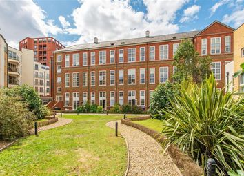 1 bed flat for sale in Enfield Road, London N1
