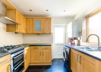 3 bed property to rent in Edinburgh Road, Plaistow, London E139Hr E13