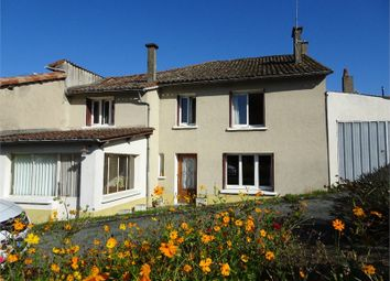 Thumbnail 4 bed property for sale in Poitou-Charentes, Deux-Sèvres, Mazieres En Gatine