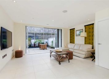 Thumbnail 3 bed property to rent in Willow Walk, Islington