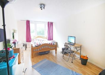 Thumbnail Room to rent in Moody Street, London