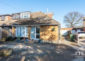 3 bed bungalow for sale in Beverley Close, Hornchurch RM11