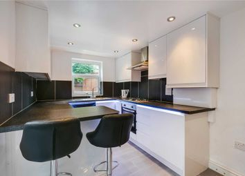 Thumbnail 2 bed flat to rent in Askew Crescent, London