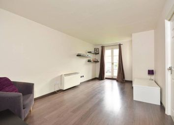 Thumbnail 1 bedroom flat to rent in Station Road, Barnet